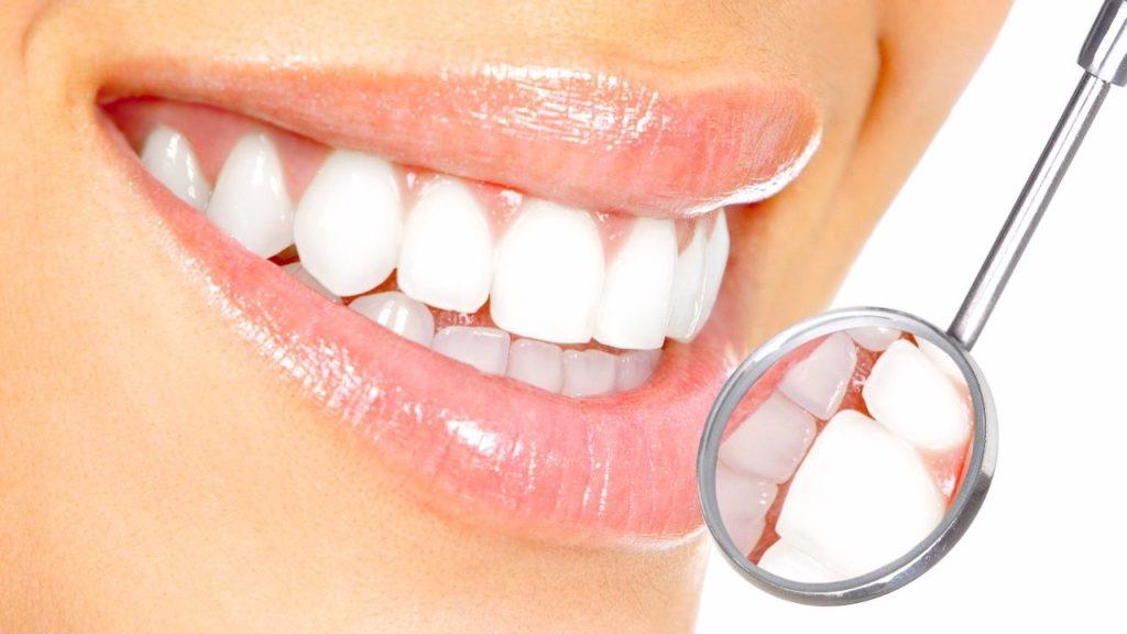 3 curiosidades sobre as Lentes de Contato Dental! - mundodostablets ... 3290aa2adc